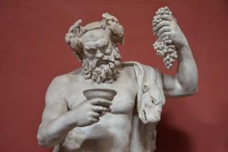 statue-bacchus